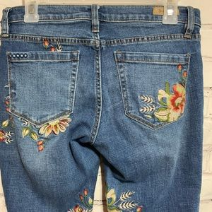 Blank NYC Sz 27 Embroidered Green Thumb Skinny Jeans